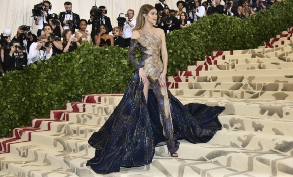 Gigi Hadid attends The Metropolitan Museum of Art's Costume Institute benefit gala celebrating the opening of the Heavenly Bodies: Fashion and the Catholic Imagination exhibition on Monday, May 7, 2018, in New York. (Photo by Charles Sykes/Invision/AP)